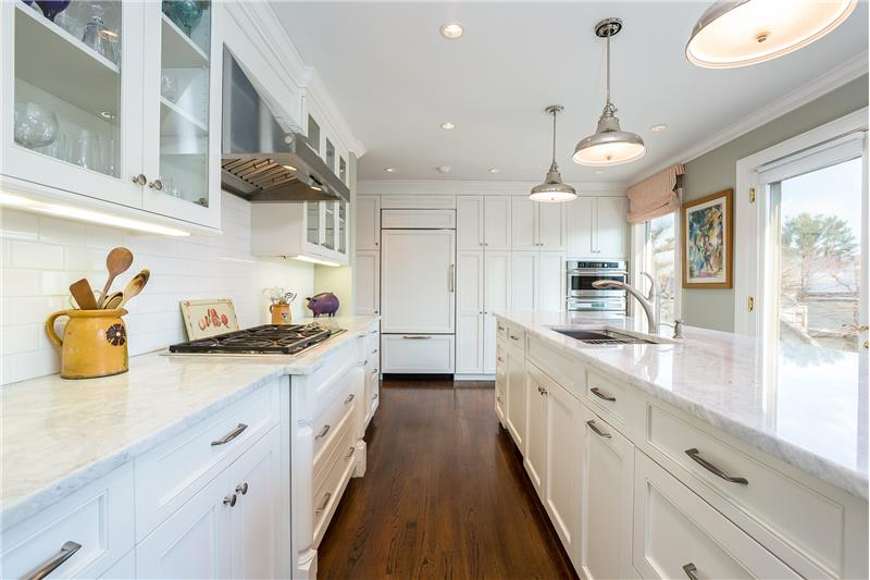 Kitchen with Marble Look Granite Counters