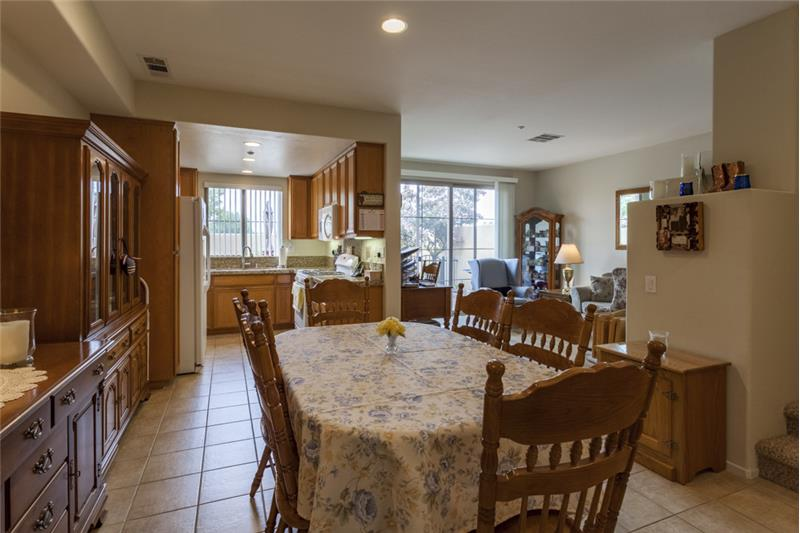 Simi Valley Townhome-Dining Area