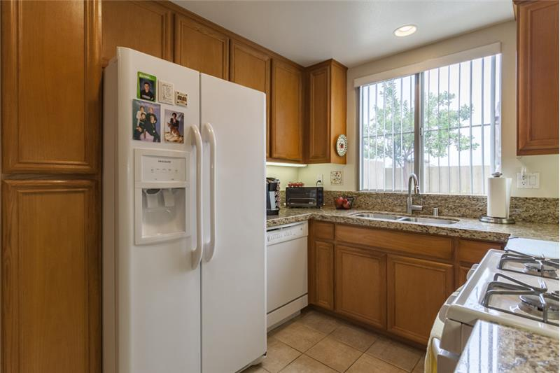 Simi Valley Townhome-Kitchen