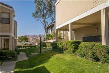 6491 Twin Circle Lane #2, Simi Valley, CA