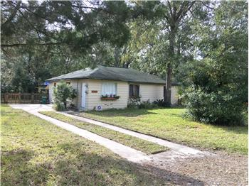 1015 NE 11th Avenue, Gainesville, FL