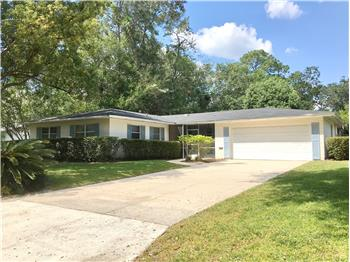 3228 NW 46th Place, Gainesville, FL