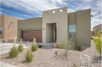10808 Esmeralda Dr NW, Albuquerque, NM