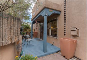 1505 Los Jardines Pl NW, Albuquerque, NM
