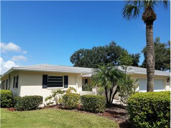 6924 W Country Club Dr N, Sarasota, FL