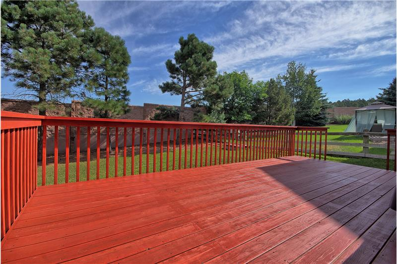 Newer redwood deck is great for entertaining!