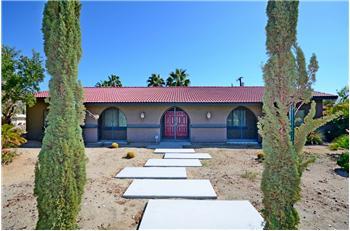 2098  N San Clemente, Palm Springs, CA