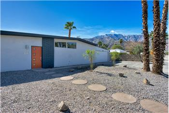 841 E Racquet Club Road, Palm Springs, CA