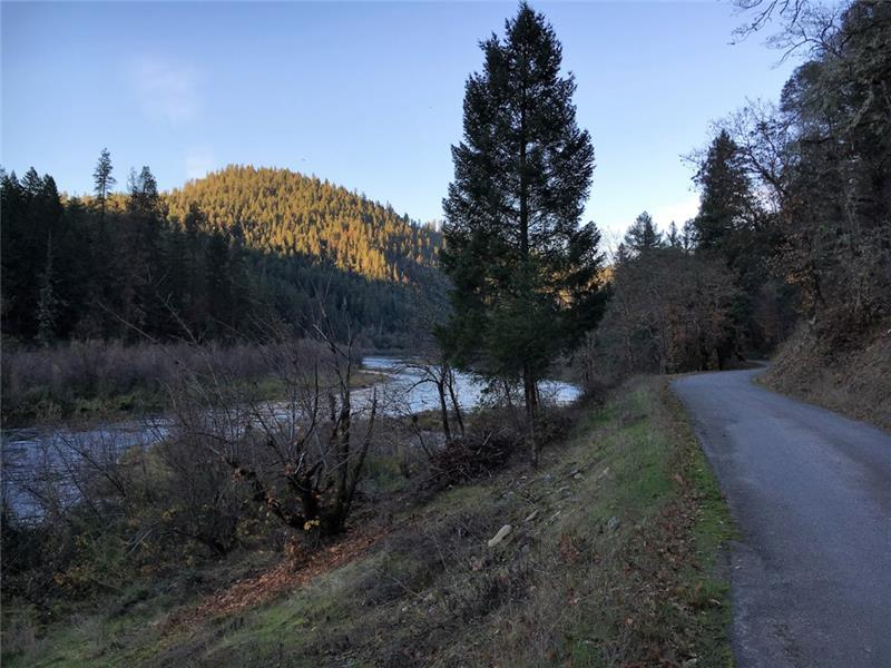 Property is to the right of the road. Overlooks the Klamath River