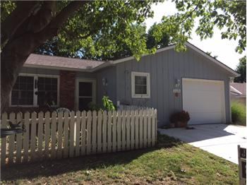 11325 W 77th Place, Shawnee, KS