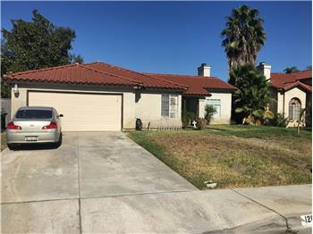 1286 Woodcrest, Bloomington, CA