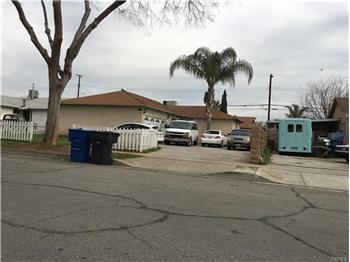 371 South State Street 39, San Bernardino, CA