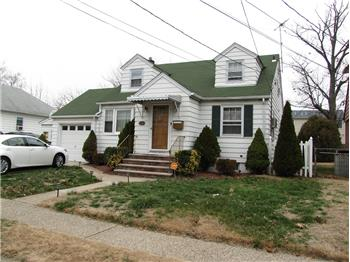 Primary listing photos for listing ID 426998