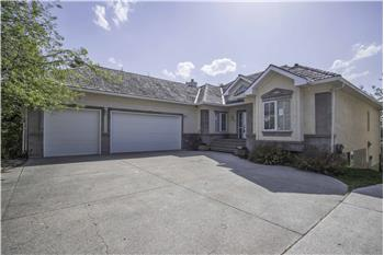 109 Cove Landing, Chestermere, AB