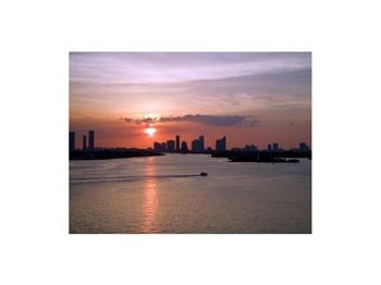 1000  West Avenue 923, Miami Beach, FL