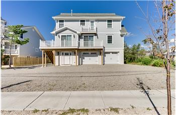 912 Ocean Avenue, Mantoloking, NJ