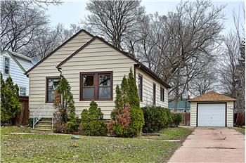 21 North Frolic Ave., Waukegan, IL