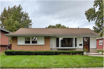 156 Drake Lane, Des Plaines, IL