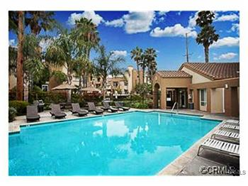 400 Lake Street, Huntington Beach, CA