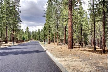 994 Wilderness Drive, Big Bear City, CA