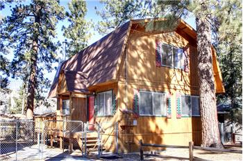 613 Barrett Way, Big Bear City, CA
