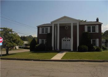 1013 Seybert St, Hazleton, PA