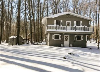 183 Ridge Rd, Pocono Lake, PA