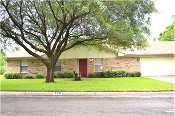 308 S. Lindenwood Lane, Hewitt, TX