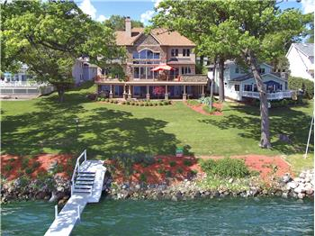 Immaculate Delavan Lake Waterfront on Level Lot