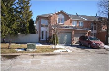 17 Chipstead Avenue, Brampton, ON