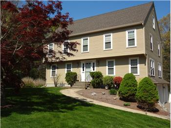 5 Dix Road, Franklin, MA