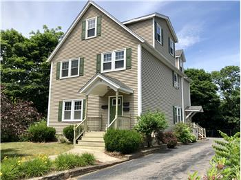 37 Winter St apt 3, Franklin, MA