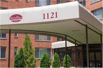 1121  Arlington Blvd #642, Arlington, VA