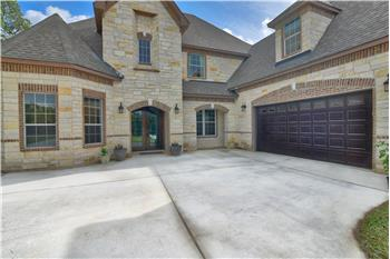 1508 Rebecca Ranch Rd, Canyon Lake, TX