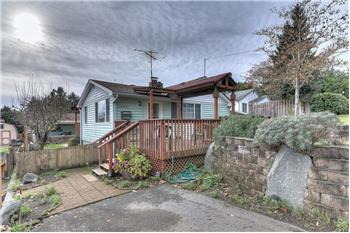 2809 19th St, Bremerotn, WA