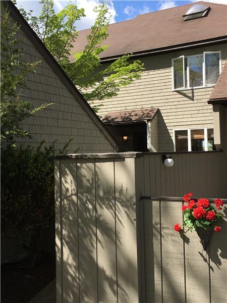 Front courtyard next to garage