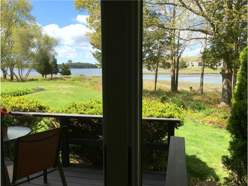 Amazing views & access to the waterfront
