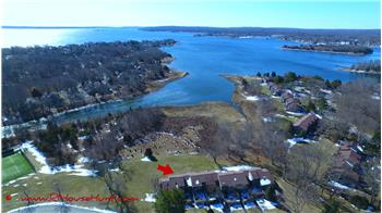 136 Fishing Cove Road, North Kingstown, RI