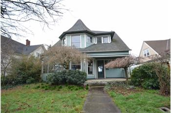 2126 Rucker Ave, Everett, WA