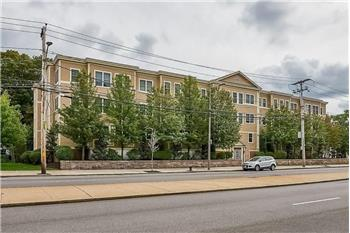 5170  Washington Street Unit 103, Boston, MA: West Roxbury, MA