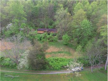 1055 Mill Hollow Rd, Tazewell, TN