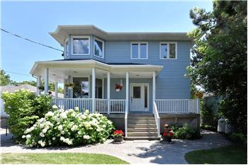 133 Cedar Crest Beach Road, Bowmanville, ON
