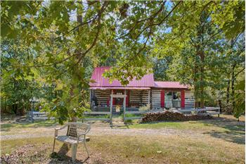 75AC WEEKEND RETREAT with LOG CABIN & POND
