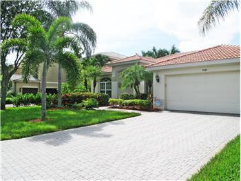 9929 Colonial Walk N, Estero, FL