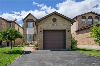 Perfect Starter Detached Or Downsize Home in AJAX