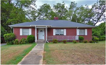 205 Brown Ave, Belton, SC