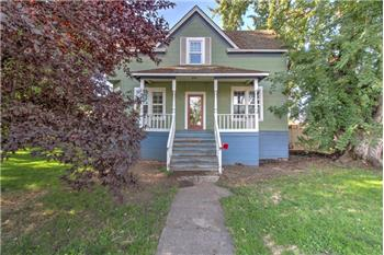 704 W 9th, The Dalles, OR