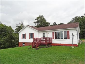 1746 Long Hollow Road, Masontown, WV