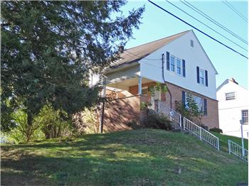 15 Beverly Hills Road, Fairmont, WV