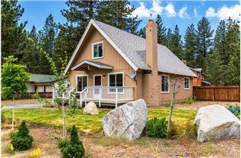 2495 Cougar Trail, South Lake Tahoe, CA